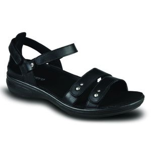 New Revere Vienna Leather Sandals